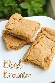 Blonde Brownies: cup butter, melted 1 cup brown sugar 1 egg cup flour tsp salt 1 tsp baking powder tsp vanilla cup chopped walnuts (optional) Preheat oven to Combine butter and brown sugar, stir until well blended. Add egg and van Brownie Recipes, My Recipes, Sweet Recipes, Baking Recipes, Cookie Recipes, Favorite Recipes, Blonde Brownies, Köstliche Desserts, Delicious Desserts
