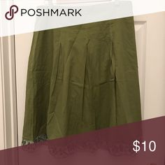 Green embroidered skirt large Green embroidered skirt large Skirts