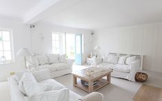 Nautical+Cottage+Room A Bright Nautical Cottage Home Living Room, Living Room Decor, Blanc Shabby Chic, Chic Beach House, Interior Shutters, My Furniture, White Rooms, White Houses, Interior Design