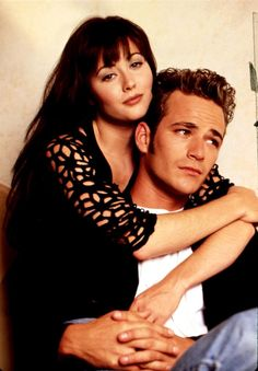 """Actor Luke Perry died Monday, March from a massive stroke at He was known for his roles of Dylan McKay on """"Beverly Hills, and Fred Andrews on """"Riverdale. Jennie Garth, Shannen Doherty, Beverly Hills 90210, Quentin Tarantino, Jason Priestley, Vanessa Marcil, Brian Austin Green, Kermit, Cory E Topanga"""