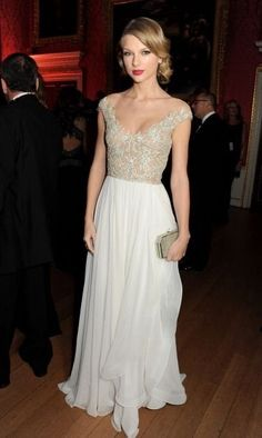 Taylor at the reception for the Winter Whites Gala