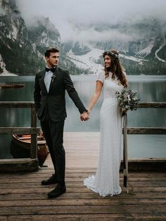 Wedding Photography Marketing Wedding Photography Frame #camerawork #cameradept #WeddingPhotography