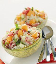 Insalata di riso nel melone e altre ricette per insalate di riso originali