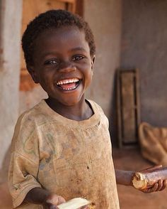 64 Ideas African Children Photography Portraits Beautiful Smile For 2019 Kids Around The World, People Of The World, Precious Children, Beautiful Children, Stylish Children, Just Smile, Smile Face, Happy Smile, Beautiful Smile