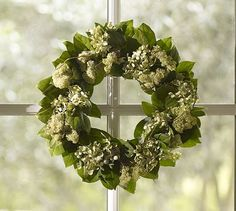 Live Willow & Hydrangea Wreath #potterybarn    This might be what my front porch needs in the winter.