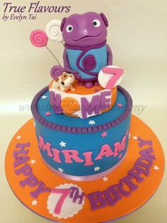 Home (Dreamworks Animation) The little Boov named Oh and his cat Pig Birthday Party At Home, Second Birthday Ideas, 3rd Birthday Cakes, 4th Birthday Parties, Baby Birthday, Movie Cakes, Fondant, Party Cakes, First Birthdays