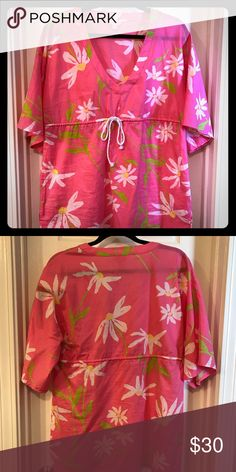 97dc66592078e7 I just added this listing on Poshmark: Lilly Pulitzer floral drawstring  top. #shopmycloset