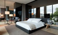 Conservatorium Hotel in Amsterdam's Museum Quarter is a luxury design hotel with Akasha Spa, gym, pool, Tunes Restaurant, luxurious rooms and exclusive suites. Luxury Bedroom Design, Interior Design, Penthouse Suite, Hotel Interiors, Hotel Suites, Design Furniture, Bedroom Furniture, Bedroom Wall, Modern Furniture