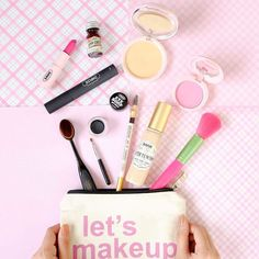 What's in your makeup bag? Just have the basics and choose multi-tasking products. That's why Snoe made sure our makeup takes care of your skin too! Shop your favorite Snoe Cosmetics by going to our website www.snoebeauty.com  #Beauty #makeup #skincare