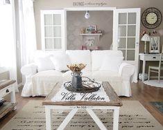 Villa Vallaton: Virkatun kastemekon ohje Villa, Shag Rug, Love Seat, Sweet Home, Shabby, Dining Table, Couch, Inspiration, Furniture