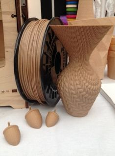 Wood printing--3ders.org - 3D Print Show in London highlights: desktop 3D printers (video) | 3D Printer News 3D Printing News #3dprinting
