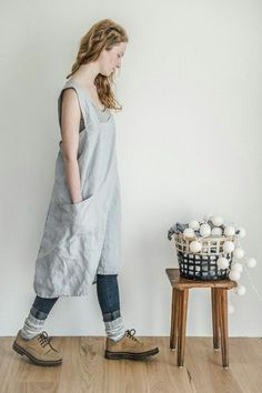 Linen pinafore apron / Square cross linen apron / Japanese style apron / Washed ice blue/silver grey long linen apron / No ties apron Ropa Shabby Chic, Japanese Apron, Japanese Style, Heavy Clothing, Pinafore Apron, Style Japonais, Linen Apron, Creation Couture, Sewing Clothes