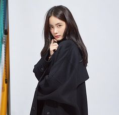 Image may contain: 1 person Korean Girl Photo, Ulzzang Korean Girl, Aesthetic People, Model Face, Girls Characters, Vintage Girls, Korean Outfits, Pretty Face, Asian Fashion