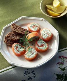 Greek Recipes, All Things Christmas, Bruschetta, Finger Foods, Baked Potato, Muffin, Food And Drink, Appetizers, Meals