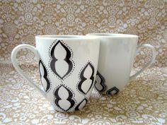 DIY: 30+ Simple Mug Art Tutorials And Ideas   the perfect line