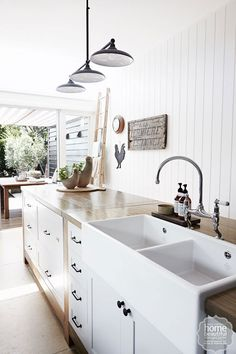 Exceptional Kitchen Remodeling Choosing a New Kitchen Sink Ideas. Marvelous Kitchen Remodeling Choosing a New Kitchen Sink Ideas. Ceramic Kitchen Sinks, Best Kitchen Sinks, New Kitchen, Cool Kitchens, Kitchen Dining, Country Kitchens, Butler Sink Kitchen, White Kitchens, Farm Kitchen Ideas