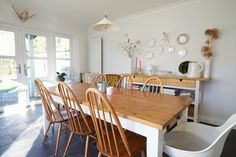 Wood table Image Deco, Dining Room, Dining Table, Wood Table, Furniture, Instagram, Folklore, Design, Home Decor