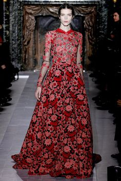 Valentino - Pasarela, dress for Anne Hathaway in the oscars???