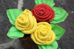 Fotopostup na efektné ruže zo servítky - Artmama.sk Serviettes Roses, Paper Crafts, Flowers, Plants, Food, Decor, Google, Image, Decoration