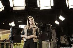 Érica Monteiro . Apresentadora