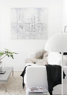 Painting by Nina Holst, living room, panthella lamp