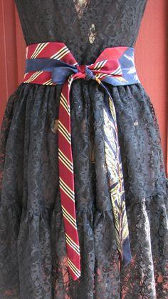 Necktie Belt Silk necktie belt Refashioned Necktie by TieTandem Sewing Clothes, Diy Clothes, Reuse Old Clothes, Tie Crafts, Cashmere Dress, Tie Skirt, Refashioning, Edwardian Fashion, How To Make Bows