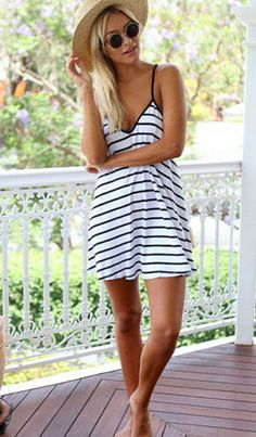 Womens Sexy Sleeveless Black White Strip Backless V Plunge Strap Bandage Dress Summer Mini Dress
