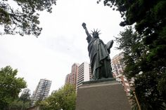 ¿Y esto? Statue Of Liberty, Travel, French Art, Latin America, Continents, Spanish, Liberty Statue, Viajes, Destinations