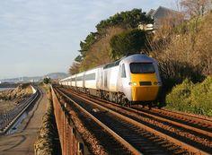 HST Class 43 125 East Coast Electric Locomotive, Diesel Locomotive, Train Tracks, Train Rides, Rail Transport, British Rail, Speed Training, Train Station, East Coast