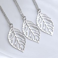 Matte Silver Leaf Necklace, Bridesmaid Necklace, Bridesmaid Gift, Bridal Party Jewelry, Wedding Jewelry Set, Leaf Necklace, Gift for Her