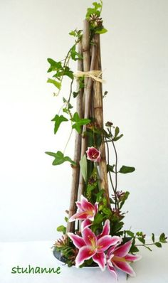 FLORAL ART, bouquets and floral arrangements by stuhanne, # – Flowers Desing Ideas Contemporary Flower Arrangements, Tropical Flower Arrangements, Creative Flower Arrangements, Ikebana Flower Arrangement, Ikebana Arrangements, Beautiful Flower Arrangements, Beautiful Flowers, Exotic Flowers, Tropical Flowers