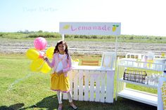 Lemonade stand made from wood pallets