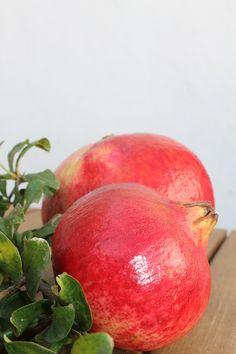 Granada mollar de Elche dulce y con pepita blanda. Explosión de salud y sabor #pomegranate #Elche