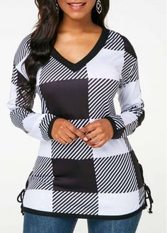 Stylish Tops For Girls, Trendy Tops For Women, Blouses For Women, Plaid Outfits, Casual Outfits, Fashion Outfits, Fashion Blouses, Trendy Fashion, Womens Fashion