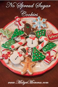 The BEST Christmas Sugar cookies recipe EVER! Make these sugar cookies and have the perfect christmas cookies because they will not spread! You NEED these no spread Sugar cookies when making your Christmas cookies! Christmas Sugar Cookies, Christmas Sweets, Christmas Cooking, Christmas Goodies, Holiday Cookies, Christmas Candy, Holiday Treats, Cupcakes, Cookie Desserts