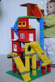 Lego Minecraft, Lego Dc, Lego Challenge, Lego Club, Lego Craft, Lego For Kids, Lego Design, Tower Design, Lego Worlds