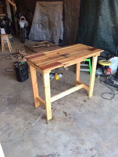 Pallet Table #woodworking #furniture #reuse