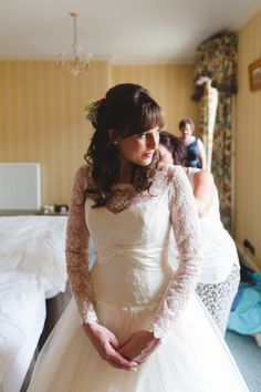 Bespoke Sassi Holford wedding dress.  Photography by http://mackphotography.co.uk/info/