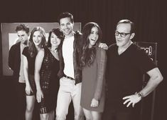 The gorgeous cast of Agents of SHIELD is Leofitz self concious or what, he's so introvert looking. Marvel Memes, Marvel Avengers, Shield Cast, Grant Ward, Melinda May, Ming Na Wen, Iain De Caestecker, Fitz And Simmons, Marvels Agents Of Shield