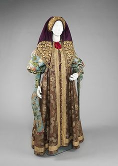 Late 18th-19th century Russian costume and headdress from the collection of Natalia de Shabelsky (1841-1905).