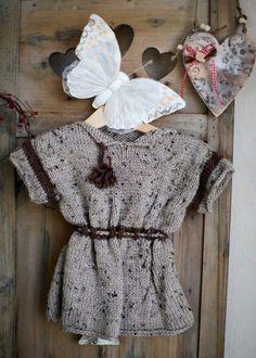 Robe en laine beige mouchetée à manches courtes de L'atelier de Paulette sur DaWanda.com