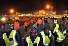 https://commons.wikimedia.org/wiki/File:Private_security_workers_in_Johannesburg_during_World_Cup_2010-06-29_2.jpg