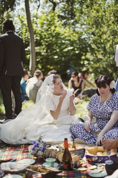 immediately after the ceremony we had a champagne picnic in the woods. It was the perfect time for our guests to relax and enjoy the scenery...