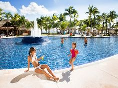 In the heart of Riviera Maya and right in front of the sea is the Barceló Maya…