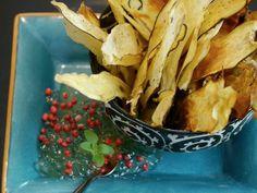 Essa receita de chips de batata doce é da chef Luiza Holffmann e seria incrível se você fizesse para surpreender os amigos