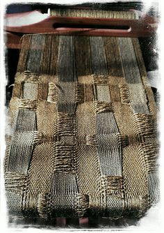 Ravelry: jeen's DEFLECTED DOUBLEWEAVE Weaving Tools, Weaving Art, Tapestry Weaving, Loom Weaving, Hand Weaving, Weaving Designs, Weaving Patterns, Textured Yarn, Textile Fiber Art