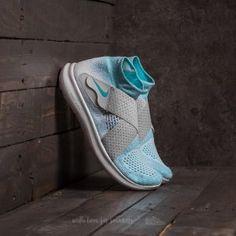 Nike W Free RN Motion Flyknit 2017 Glacier Blue/ Polarized Blue Running Shoes Nike, Nike Shoes, Sneakers Nike, Blue Grey, Color Blue, Gray, Huarache Run, Blue Fabric, Nike Free