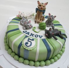 For a little cat lover — Birthday Cakes
