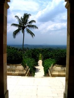Door To Paradise - Amanjiwo, Borobudur, Central Java