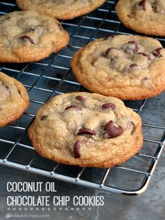 Coconut Oil Chocolate Chip Cookies - Chewy, chocolaty and delicious, these Coconut Oil Chocolate Chip Cookies are the best chocolate chip cookies ever! Healthy Desserts, Just Desserts, Delicious Desserts, Dessert Recipes, Yummy Food, Healthy Cookie Recipes, Healthy Cookies, Dairy Free Recipes, Baking Recipes